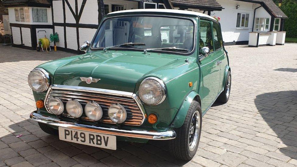 Green 1996 Mini 35