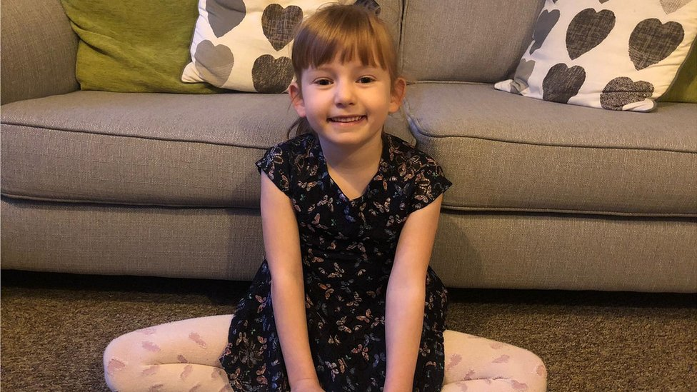Girl, 5, raises alarm after mum falls down stairs