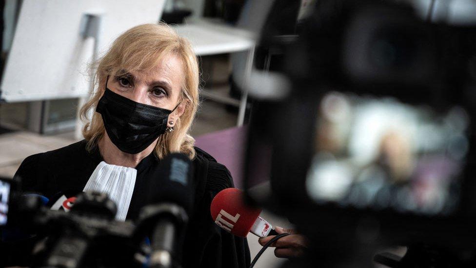 المحامية، جانين بوناغيونتا