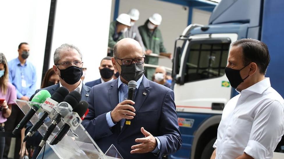 Dimas Covas participa de liberação de lotes de vacinas ao lado do governador de São Paulo, João Doria, e do secretário estadual de Saúde, Jean Gorinchteyn