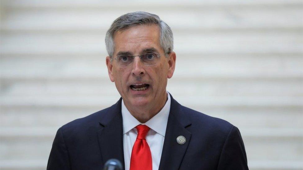 El secretario de Estado de Georgia , Brad Raffensperger,