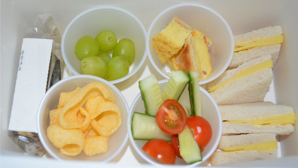 Finger food for dementia patients