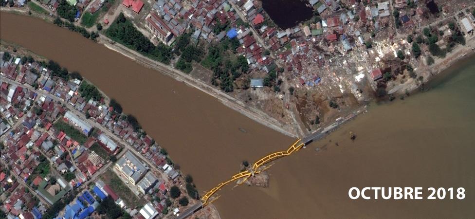 El puente de Jemalam después del tsunami