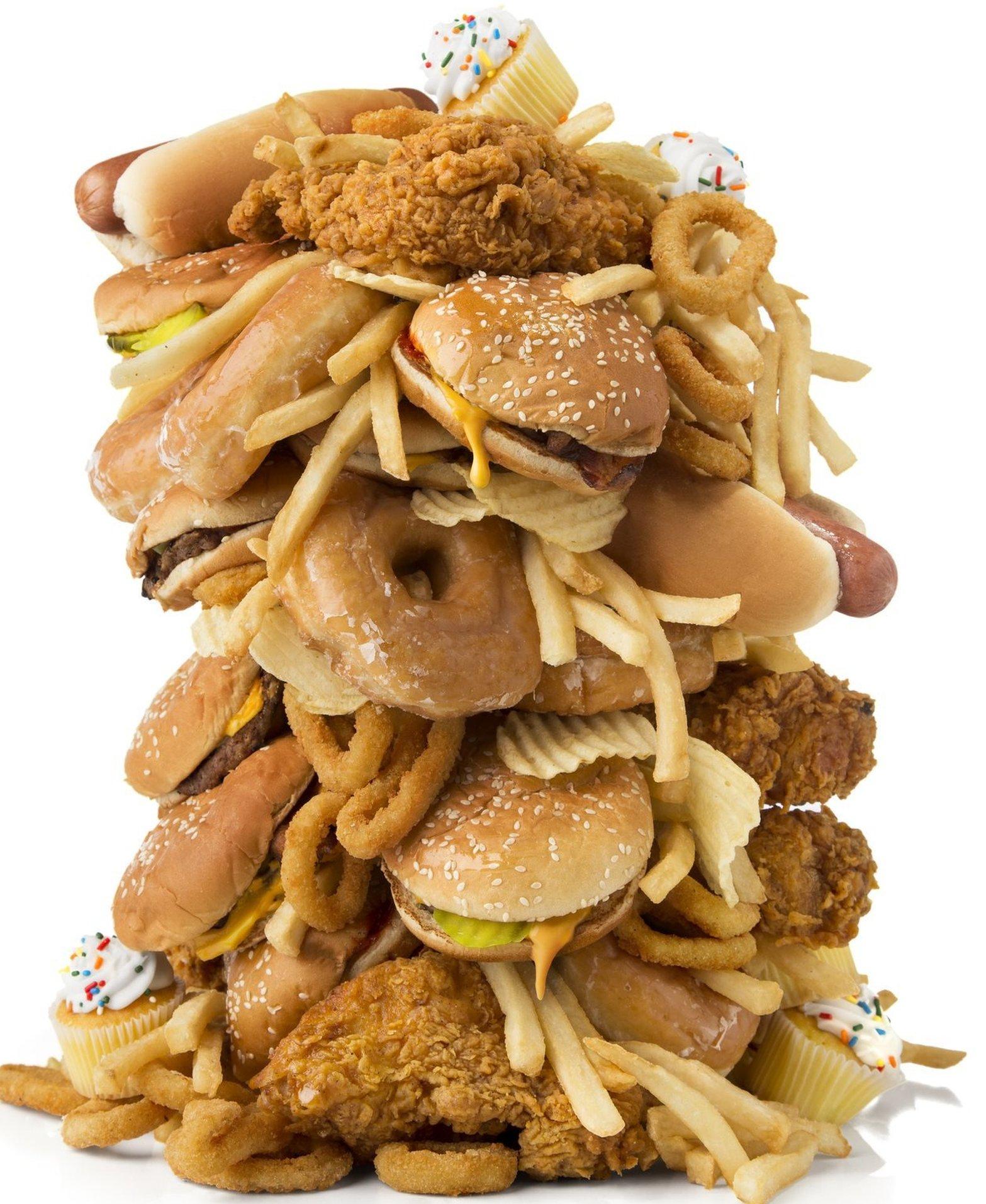 أنواع من الأطعمة غير الصحية