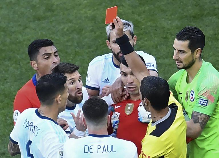 Messi es expulsado