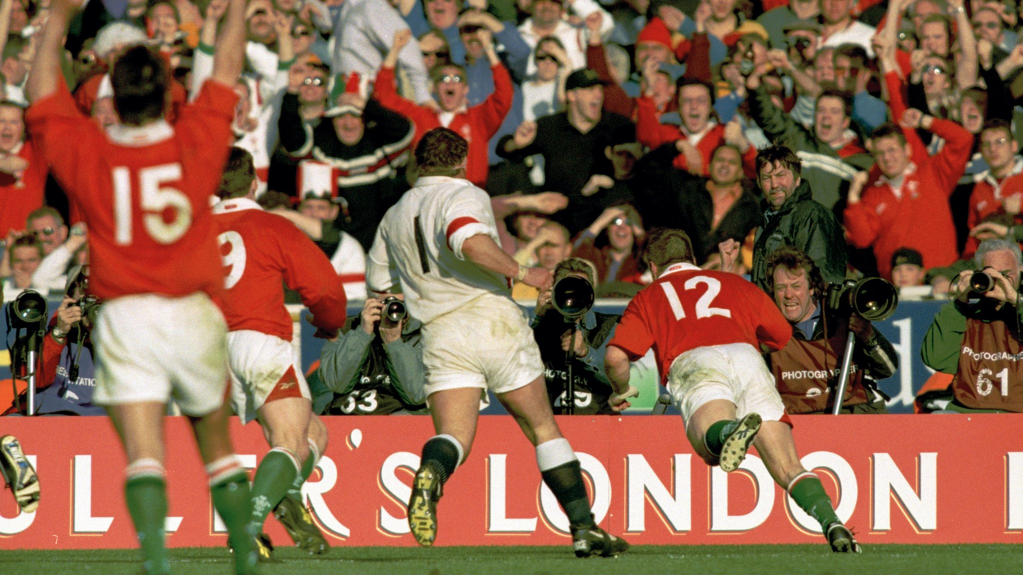 Six Nations 2019: Max Boyce recounts 1999 Wales v England thriller