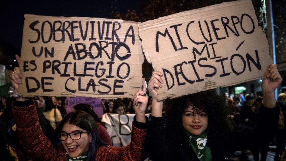 Marcha a favor de la despenalización del aborto en Argentina