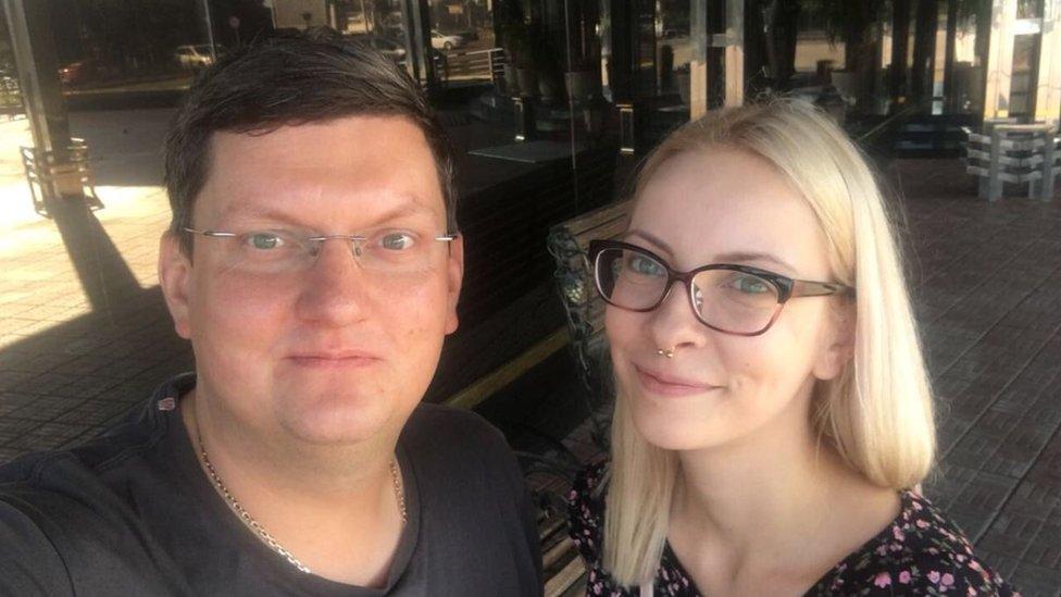 Maria Motuznaya with her lawyer Alexei Bushmakov