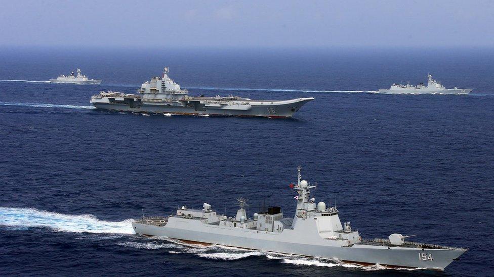 Maniobras navales chinas en abril de 2018 en el Pacífico oeste.