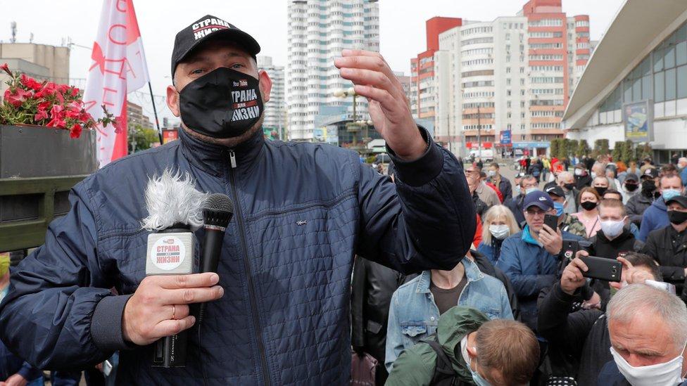 Суд над Тихановским. В Гомеле судят белорусского оппозиционера, который уже год находится в СИЗО