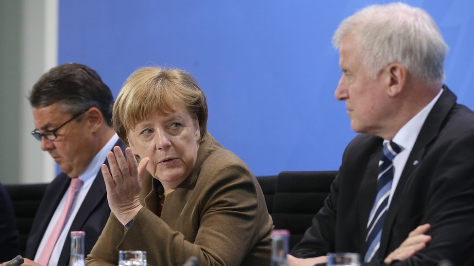 From left to right: Sigmar Gabriel, Angela Merkel, Horst Seehofer of the CSU in Berlin on 14 April 2016