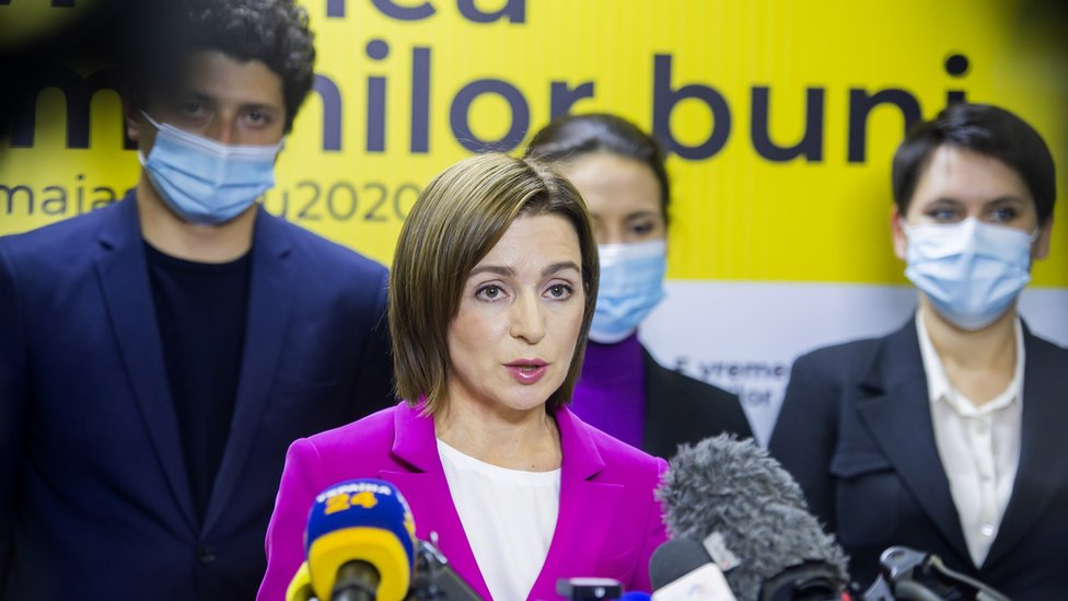 Moldova election: Pro-EU candidate Sandu leads in preliminary results thumbnail