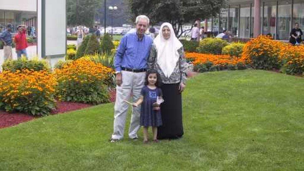 جد وجدة لين الفلسطينيان لا يحق لهما العودة إلى أرضهما، وهما الآن يحملان الجنسية الأردنية