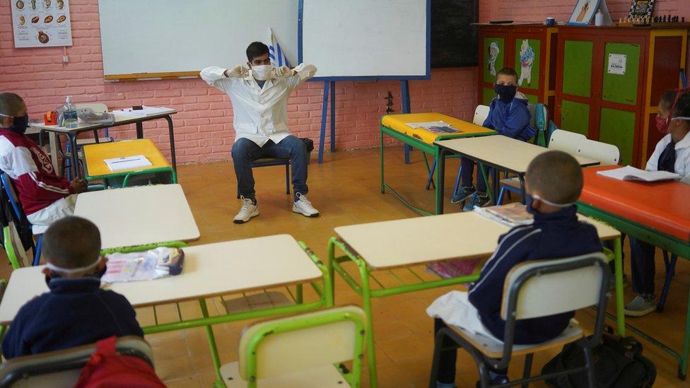 Escuela rural en Uruguay.