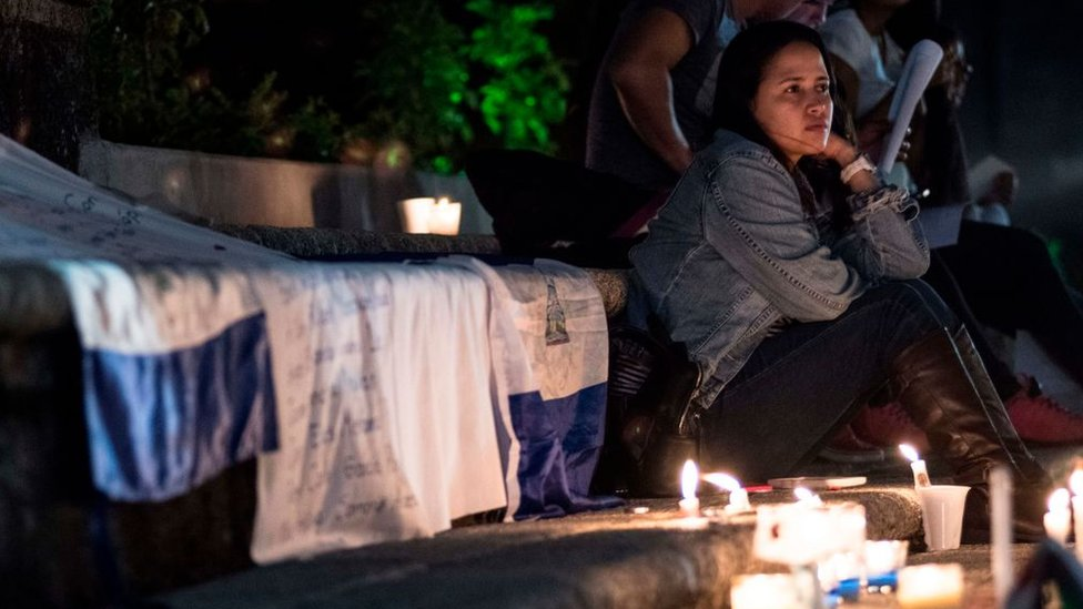 Vigilia en honor a los estudiantes muertos en Nicaragua