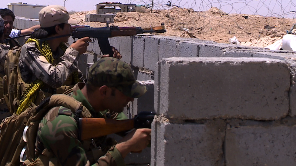 Sunni fighters on the frontline