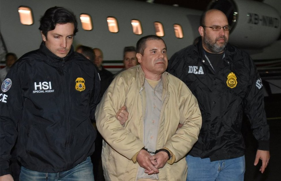 "Hoakin ""El Čapo"" Guzman u pratnji policije"