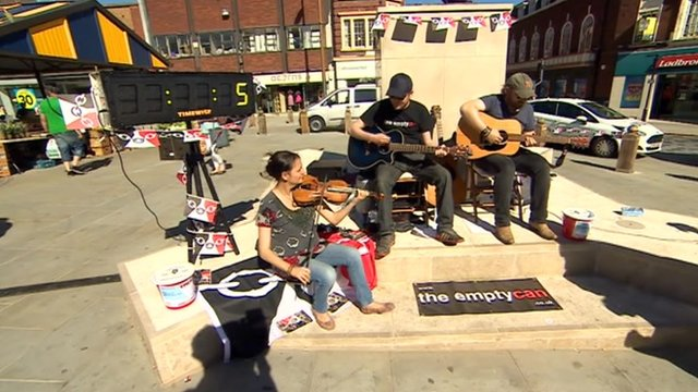 Buskers in Dudley