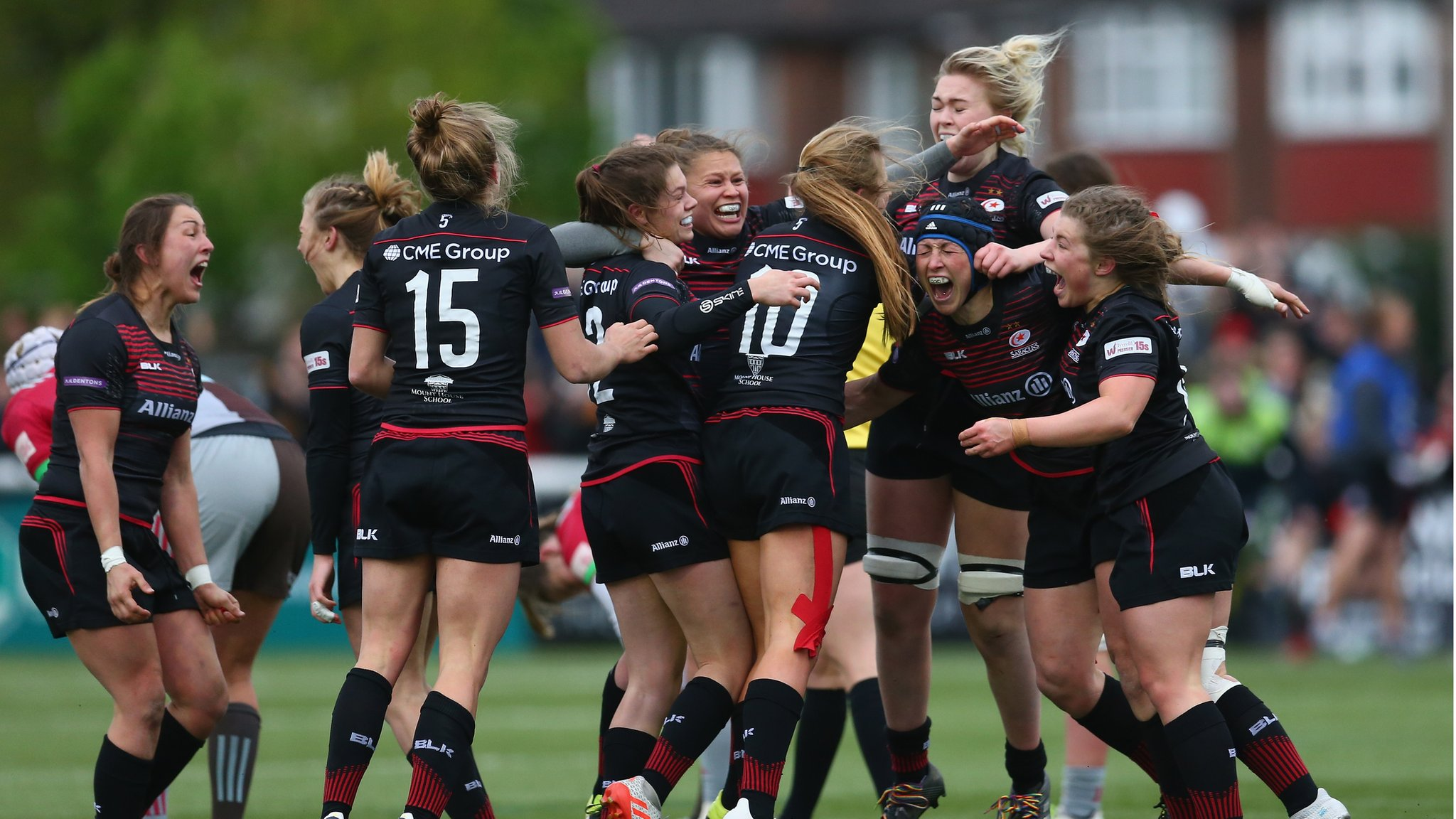 Premier 15s: Saracens top the table after sixth successive win