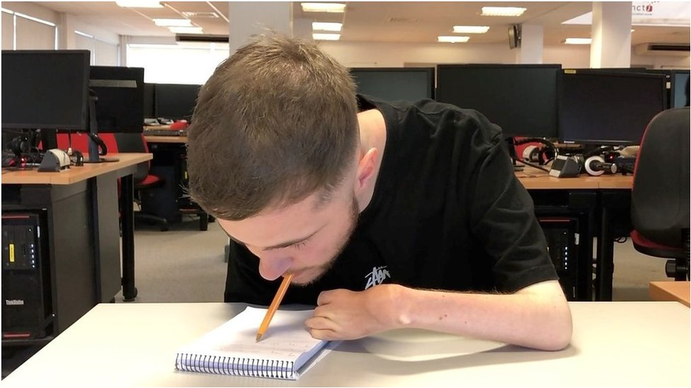 Journalism student reaches shorthand goal using mouth