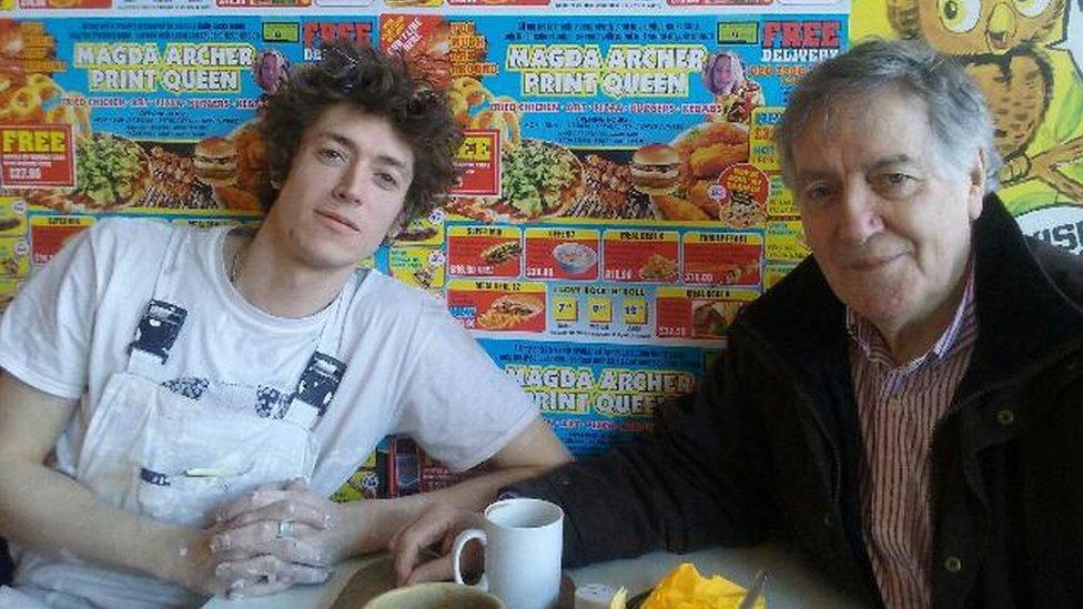 Huw Evans a Hywel Gwynfryn