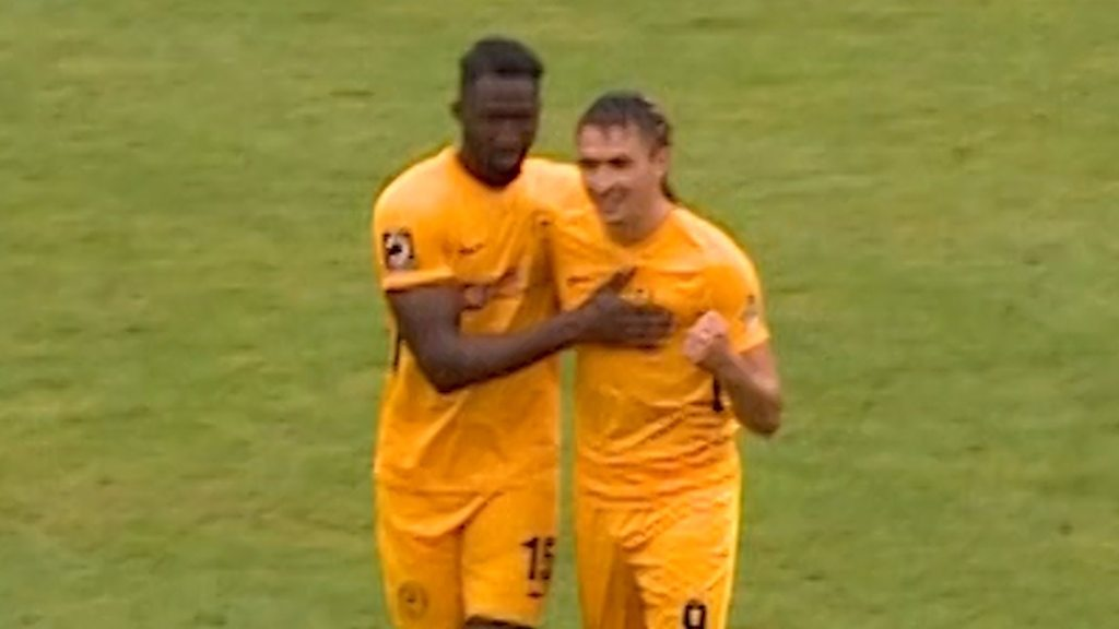 FA Cup highlights: Lymington Town 0-7 Torquay United