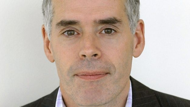 Open University staff call for Peter Horrocks to resign