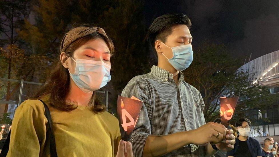 今年香港市民仍然可以用燭光點亮維園悼念,但很多人擔心《國安法》實施後,悼念晚會將難以舉行。