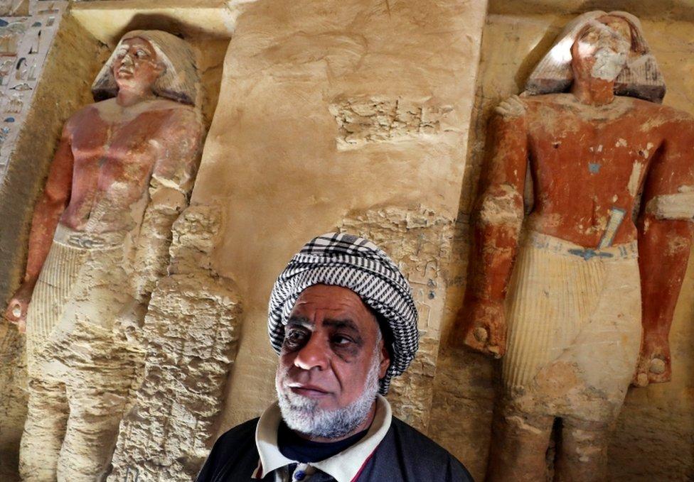 Los arqueólogos planean explorar más la tumba y planean encontrar el ataúd del sacerdote.