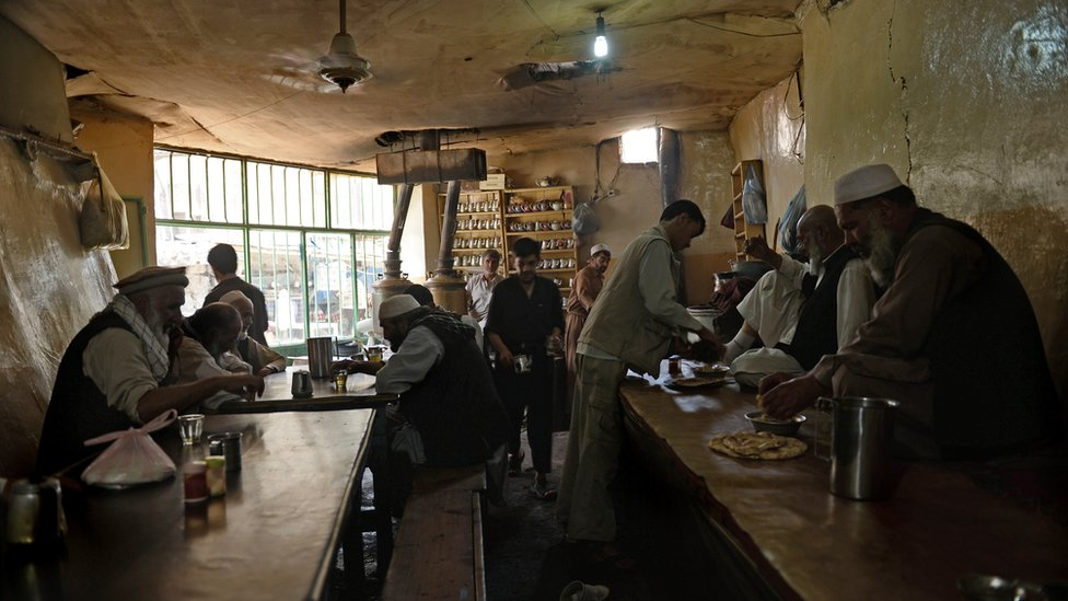 Traditional restaurants are frequented mainly by men