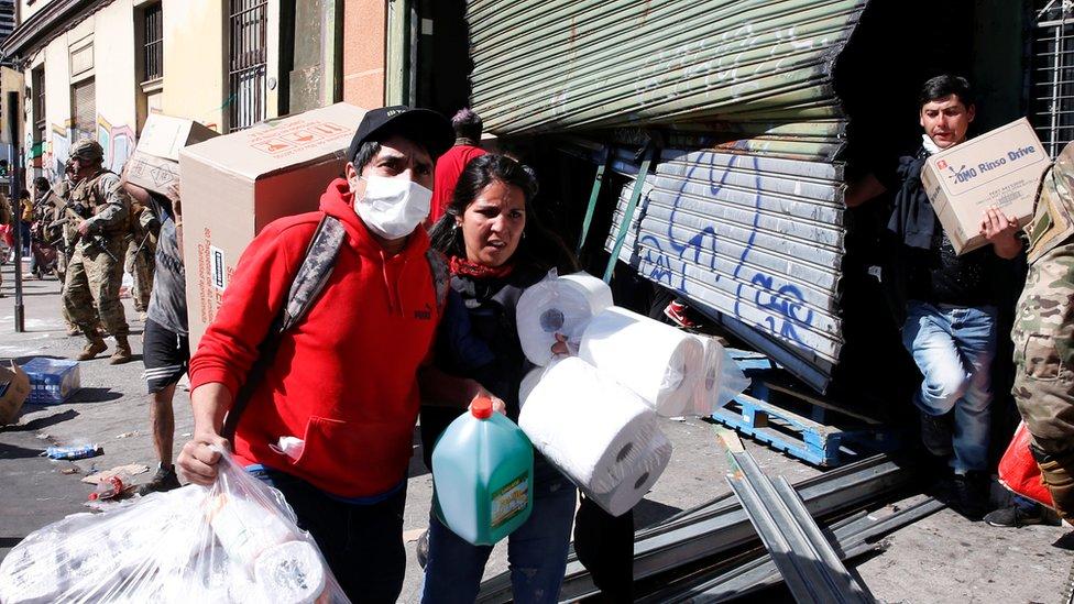 Saqueos en Valparaíso.