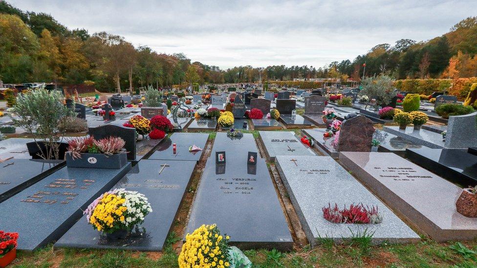 Brüksel'de bir mezarlık