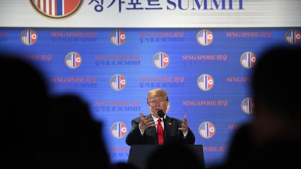 Donald Trump, Kim ile görüşmesi sonrası düzenlediği basın toplantısında
