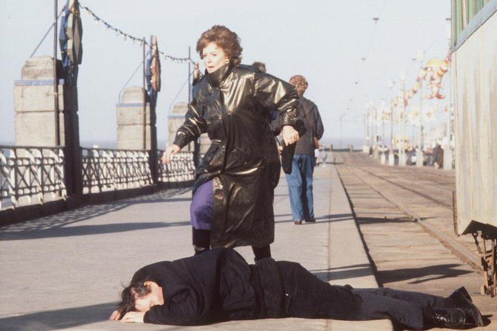 Alan Bradley's death scene