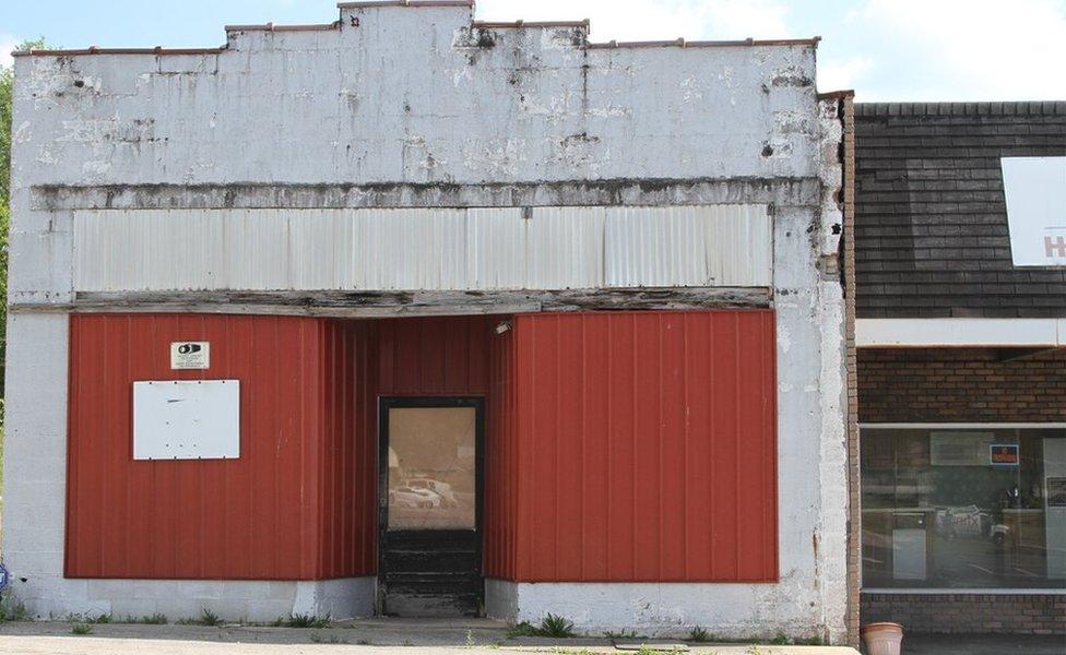 Empty store in Jamestown