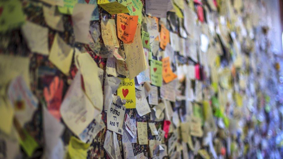 Love wall at Casa di Giulietta