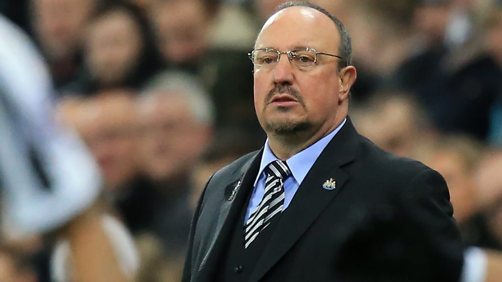 Newcastle 1-2 Wolves: Rafael Benitez says he 'can't believe' DeAndre Yedlin's red card