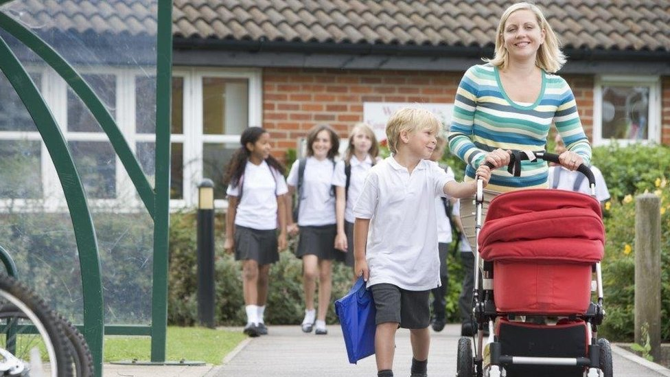 Parents find out about primary school places