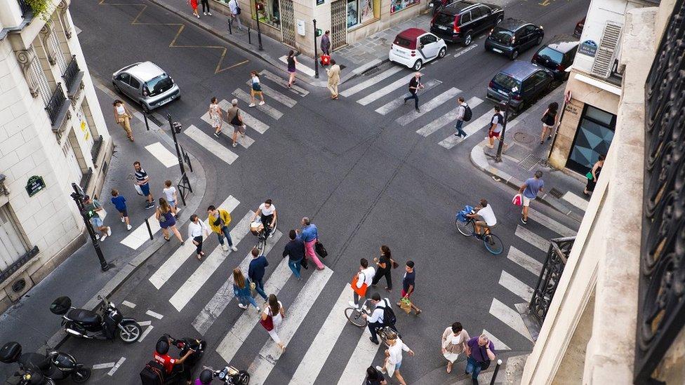 Yöntem ne olursa olsun kentliler artan bir şekilde yolları daha fazla kişiyle paylaşmak zorunda kalıyor