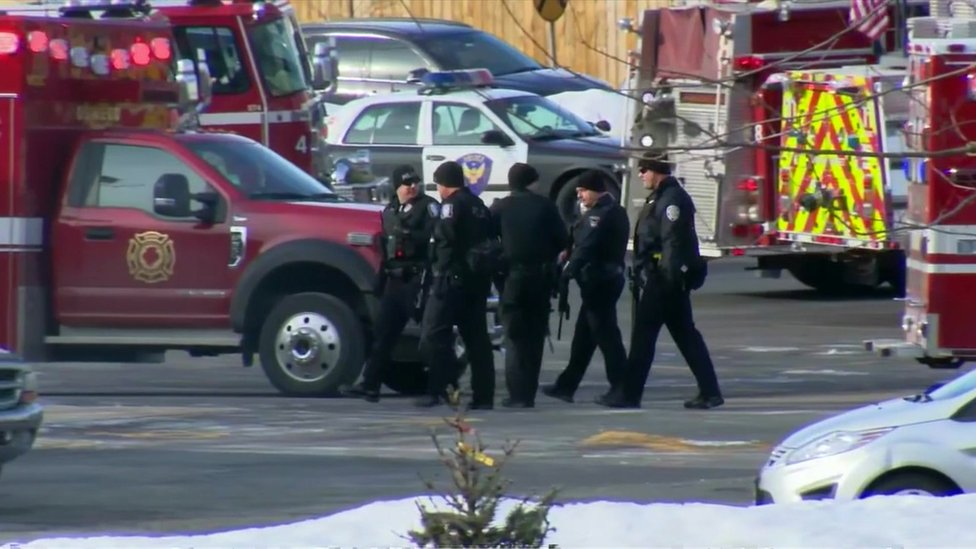 Aurora shooting: Five dead in Illinois workplace attack
