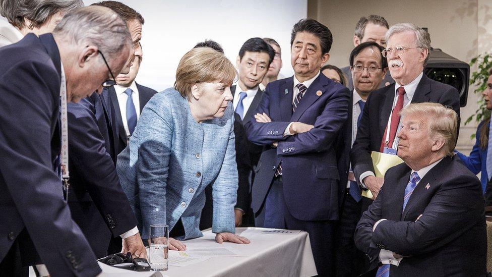 Donald Trump frente a líderes del G7.
