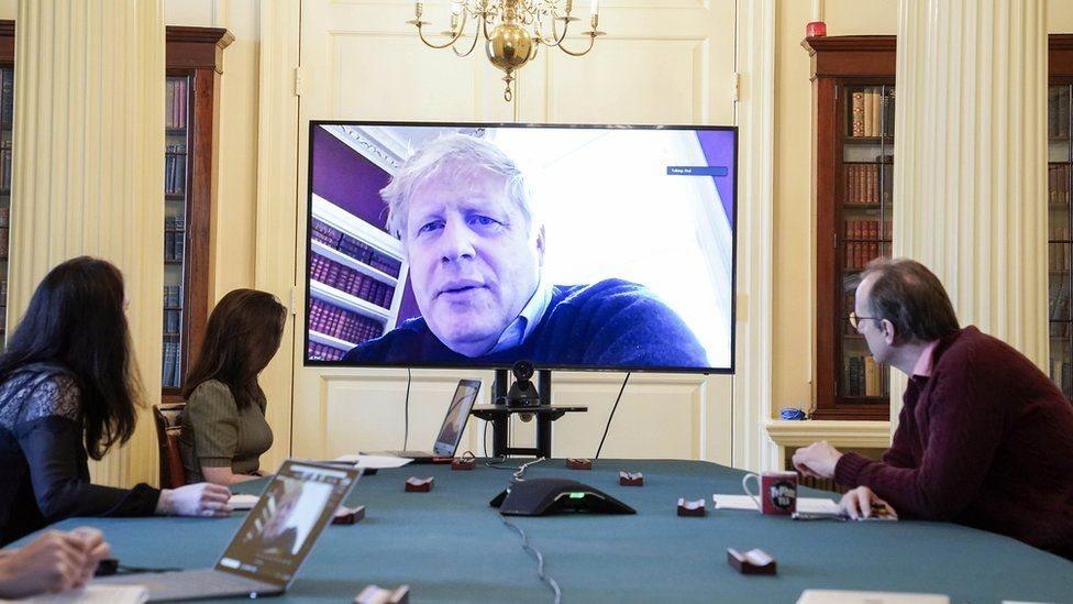 بوريس جونسون عبر الفيديو يرأس اجتماعا حول فيروس كورونا