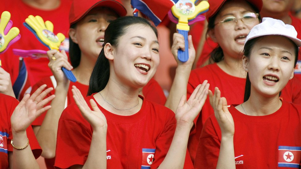North Korean cheerleaders in Wuhan
