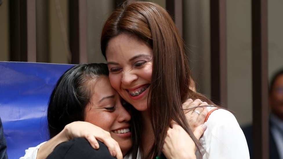 Evelyn Hernandez (left) embraces her lawyer Bertha Deleon after being cleared or murder
