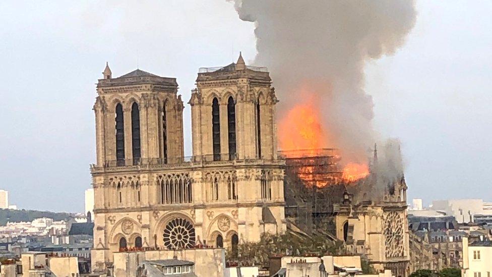 "Plamen ""guta"" deo čuvene katedrale"