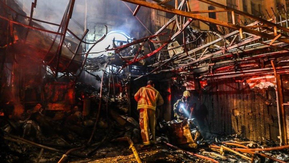 Efectos de una explosión en una clínica en Teherán (30/06/20)