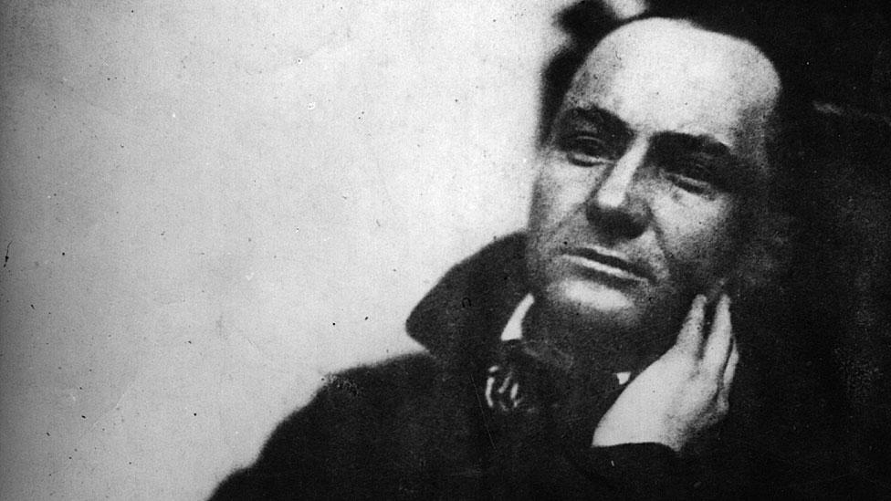Según Salazar, mucho de lo que se decía de la marihuana era malinterpretaciones de la poesía de Baudelaire.