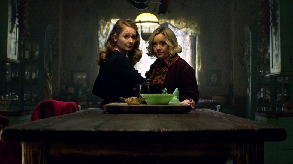 Zelda and Hilda Spellman
