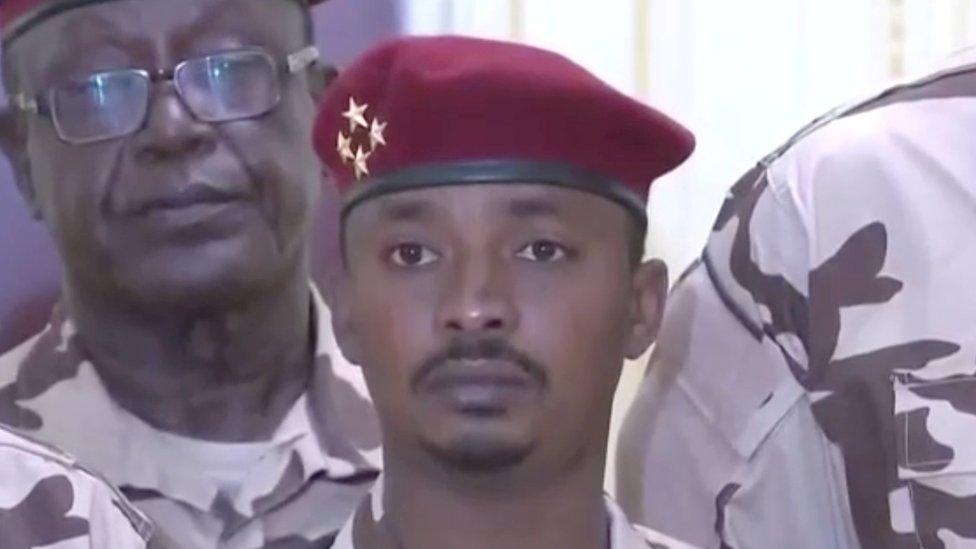 عين محمد إدريس ديبي، المعروف أيضاً باسم محمد كاكا، رئيساً مؤقتاً من قبل المجلس الانتقالي