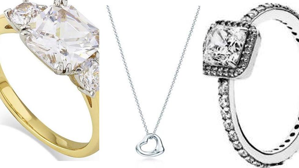 Images of stolen jewellery